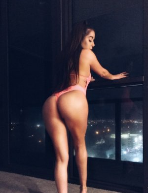 Hildegarde escort girl