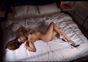 Audrine erotic massage & call girl