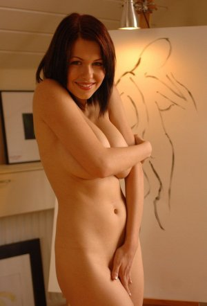 Marie-agathe escort and nuru massage